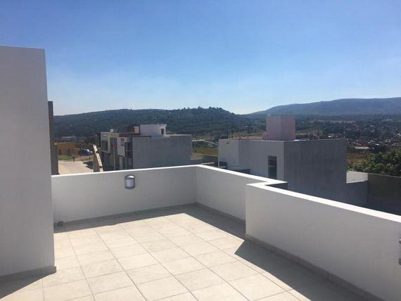 """Casa en Venta en <span itemprop=""""addressLocality"""">La Venta Del Astillero</span>"""