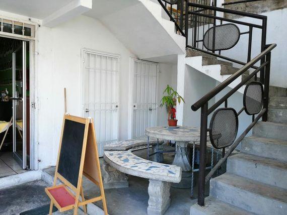 Local en Renta en EL RUBI / BLVD. FUNDADORES