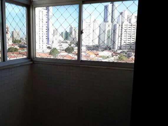 Ótimo Apto 03 Qtos + DCE, 90m², Sul/Leste, varanda, elevador.