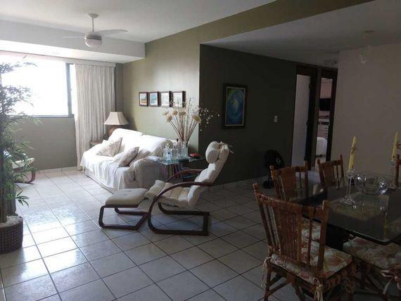 Apartamento com 3 quartos em Intermares, próximo da praia e tudo. (A/P)