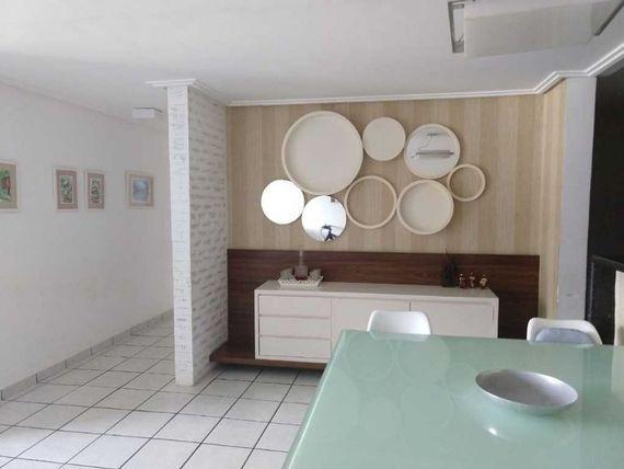 Apartamento próximo da praia e da principal de Intermares com elevador, 3 quartos.