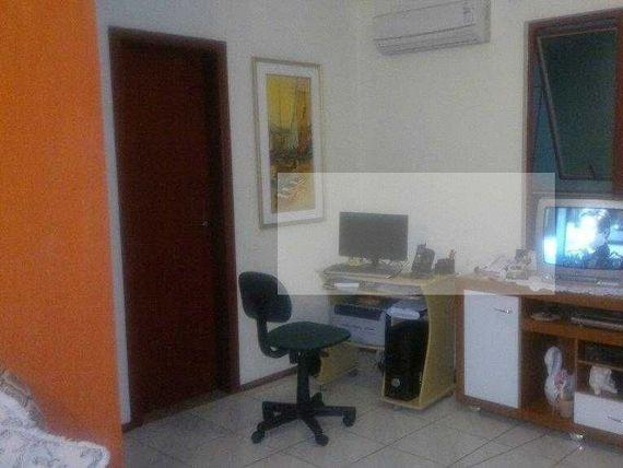"""Apartamento entre o Bairro <span itemprop=""""addressLocality"""">Camaquã</span> e Tristeza"""