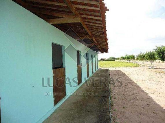 Terrenos geminados de 15x40m (1.200m²) no Condomínio Green Ville