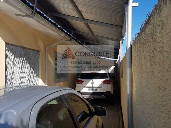 EXCELENTE CASA NO 13 DE MAIO - cód. 2737