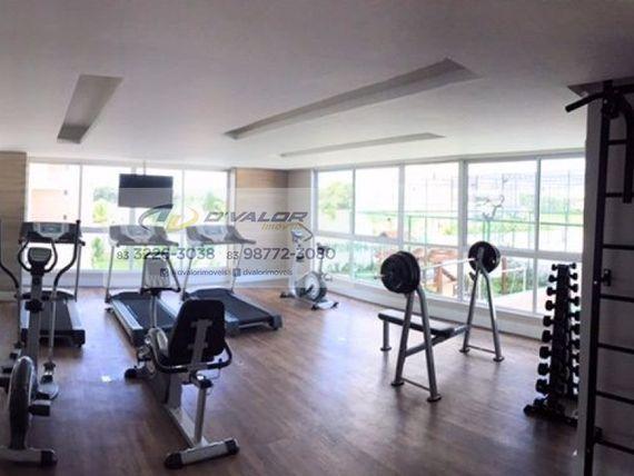 Vendo apartamento de alto padrão, com 164m2, varanda gourmet, sala p/ 3 ambientes, 4 qts/3 sts + 3 vagas.