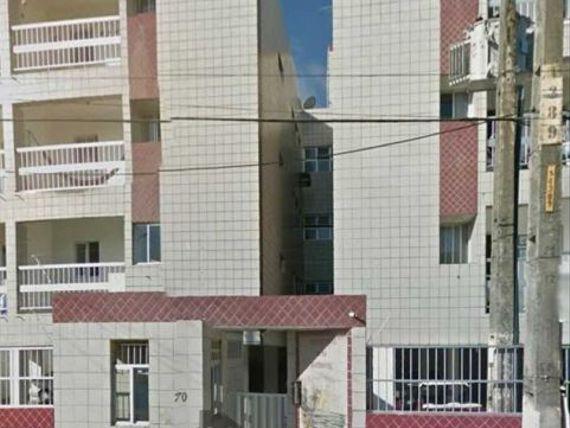 Oportunidade. Apartamento com 3 quartos em Intermares