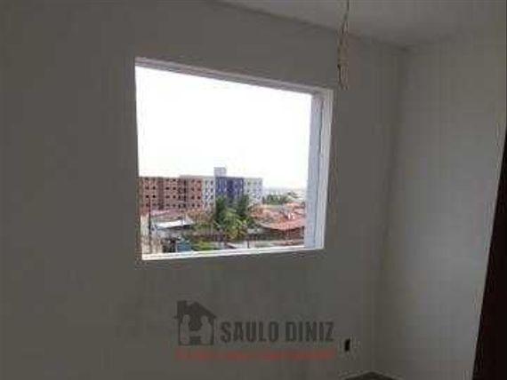 Apartamentos novos com 2 quartos no Cristo