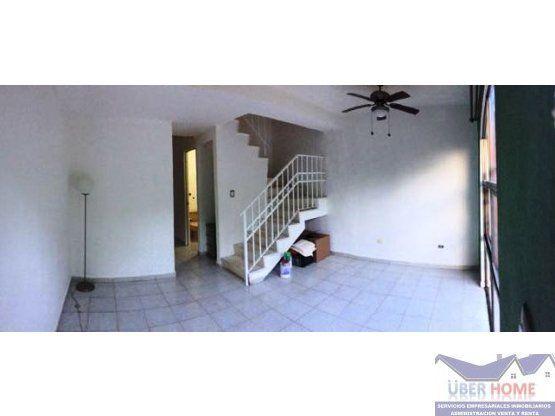 Amplia y segura casa en venta