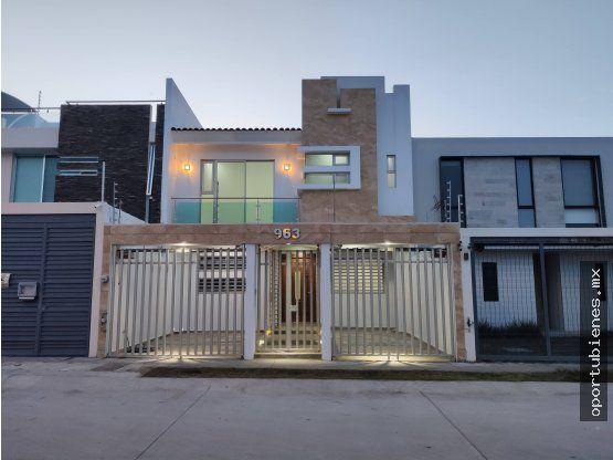 """Casa 963 en Avenida La Cima de <span itemprop=""""addressLocality"""">Zapopan</span>"""