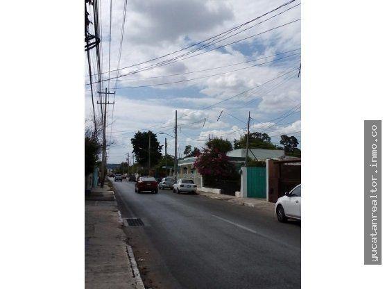 Casa unas cuadras de Paseo Montejo