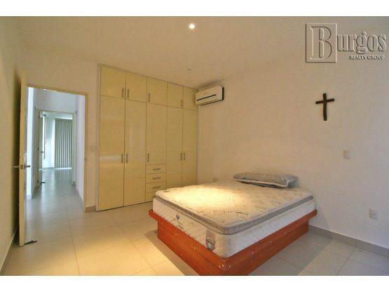 """Venta de casa en Corinto Residencial. <span itemscope="""""""" itemtype=""""http://schema.org/TradeAction""""><span itemprop=""""price"""">$ 4.700.000</span></span>"""
