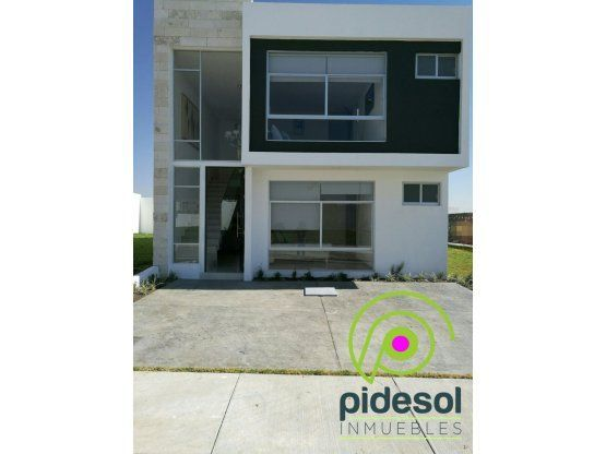 Venta casa modelo IRATI (BS)