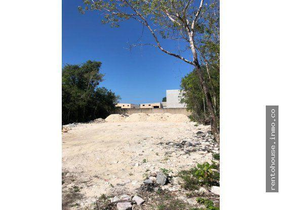 Terreno comercial en Cancun de 400 m2