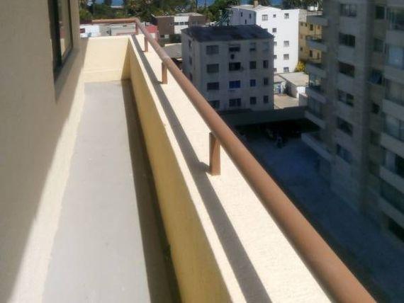 "Espectacular Penthouse en la mejor zona de <span itemprop=""addressLocality""><span itemprop=""streetAddress"">Viña Del Mar</span></span>"