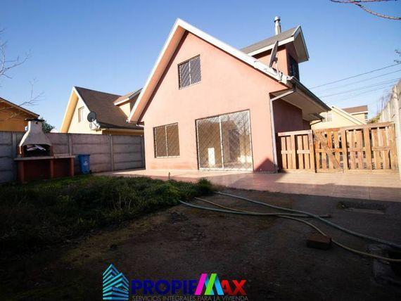 Preciosa casa en sector residencial Parque Las Rastras