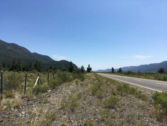 Se venden 2 parcelas de 1 hectárea c/una km 9 despues Antuco