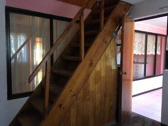 "Amplia casa villa Caponni <span itemprop=""addressLocality""><span itemprop=""streetAddress"">Laja</span></span>"