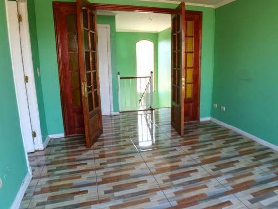 Preciosa casa Peñalolen, excelente ubicación