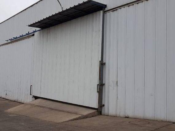 Estupenda Bodega en sector industrial de Lo Espejo