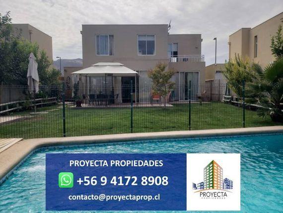 Venta de casa en Santa Elena de Chicureo - 4 Habitaciones
