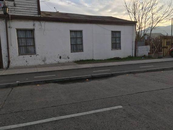"""Amplio terreno en <span itemprop=""""streetAddress"""">La Calera</span> avenida principal"""