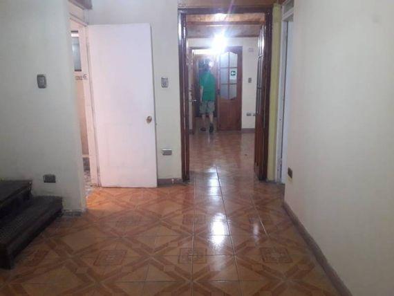 Casa apta para oficinas 8 privados Centrico