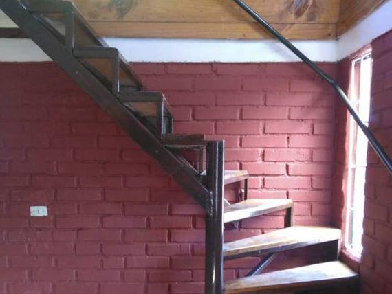 Vende casa de dos pisos a tres cuadras del centro de Quilpue