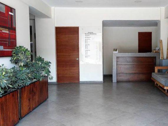 "Oficina en el Centro de <span itemprop=""addressLocality""><span itemprop=""streetAddress"">Curicó</span></span>"
