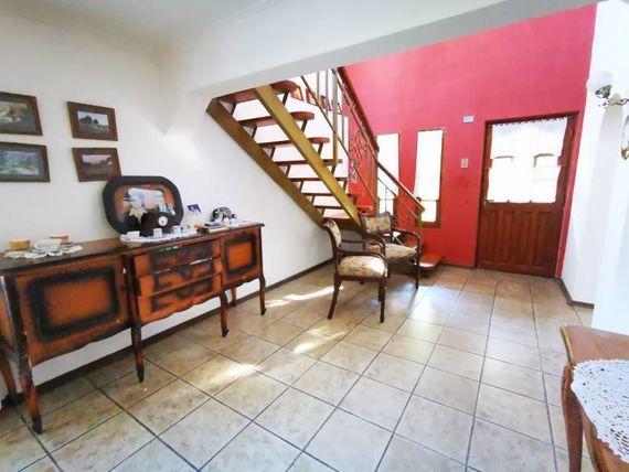 "Casa de 140 m2 en Parcela 5.800 m2  Lo Miranda, <span itemprop=""addressLocality""><span itemprop=""streetAddress"">Doñihue</span></span>"