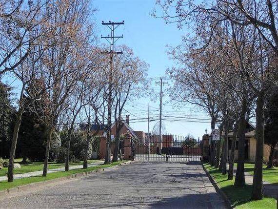 """Casa en excelente Condominio Villa esmeralda, <span itemprop=""""addressLocality""""><span itemprop=""""streetAddress"""">Talca</span></span>"""