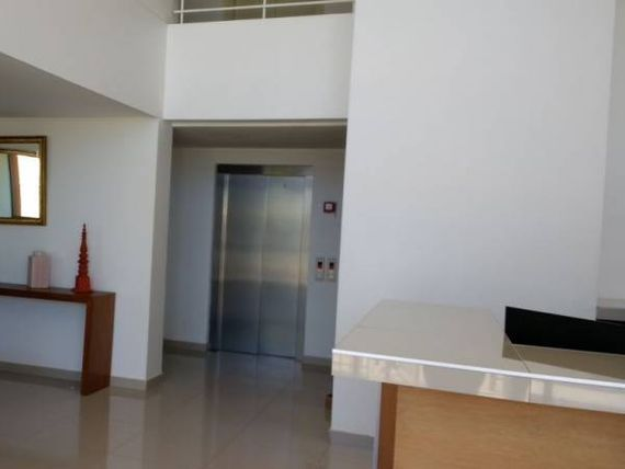 Se vende central departamento Gomez Carreño