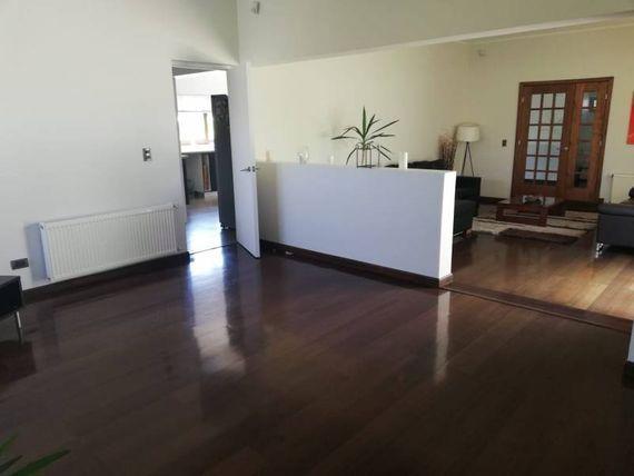 "Chicureo Vendo Casa en Condominio | <span itemprop=""addressLocality""><span itemprop=""streetAddress"">Colina</span></span>"