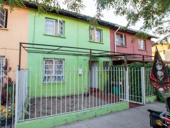 """Se vende casa en <span itemprop=""""streetAddress"""">Pedro Aguirre Cerda</span> Jose Mario Caro"""
