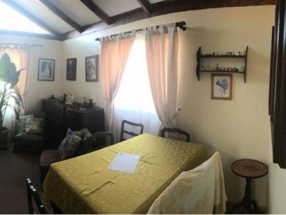Vendo amplia casa, Belloto Norte