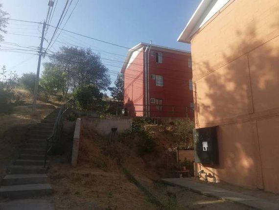 "Departamento  remodelado en 1er piso, <span itemprop=""addressLocality""><span itemprop=""streetAddress"">Quilpué</span></span>"