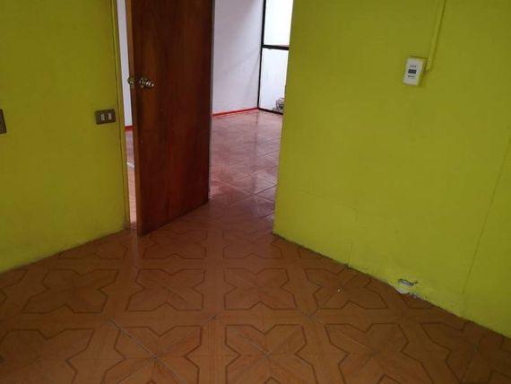 "Vendo Casa en <span itemprop=""addressLocality""><span itemprop=""streetAddress"">Olmué</span></span>"