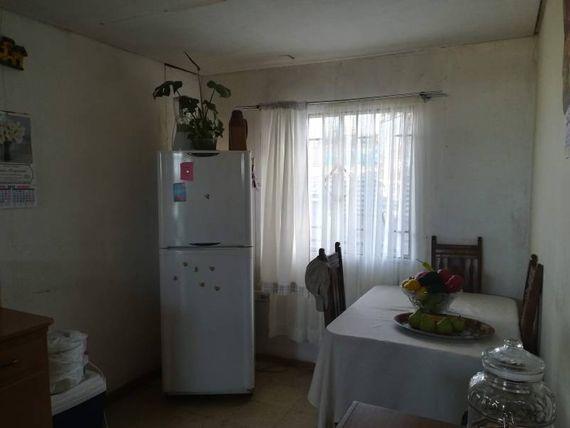 """Se vende casa a cuadras de Los Carreras, <span itemprop=""""addressLocality""""><span itemprop=""""streetAddress"""">Quilpué</span></span>"""