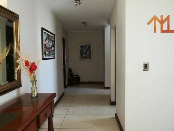 "Casa Estilo Mediterráneo, Santa Elena, Chicureo, <span itemprop=""addressLocality""><span itemprop=""streetAddress"">Colina</span></span>."
