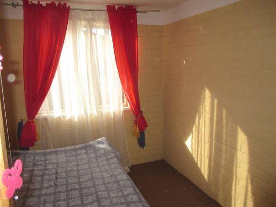 Casa dos pisos 4Dor./1 Baños, sector LA Florida