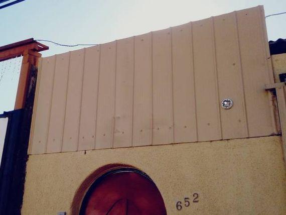 Casa /Hostal, 7 dor. 7 baños privados, a metros de iglesia.