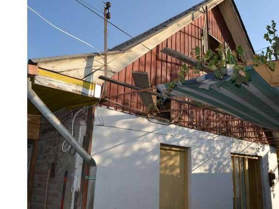 "Venta casa con amplio terreno comercial <span itemprop=""addressLocality""><span itemprop=""streetAddress"">La Florida</span></span>"