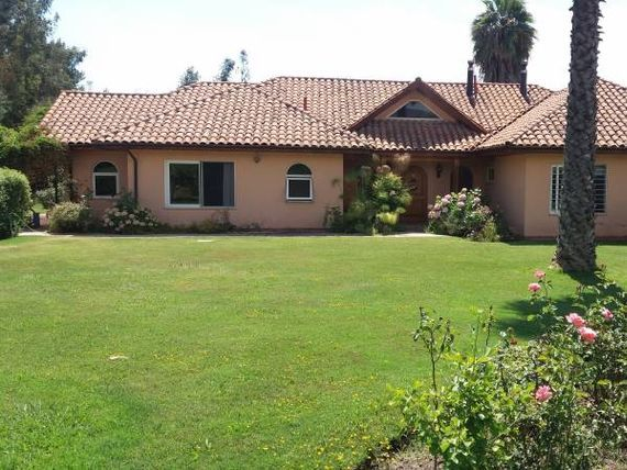 "MyCasa Brokers Vende Parcela con Casa 5D-4B, a <span itemscope="""" itemtype=""http://schema.org/TradeAction""><span itemprop=""price"">$ 330.000.000</span></span>"