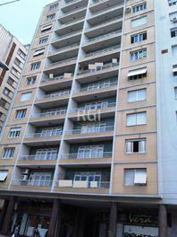 Apartamento com 3 quartos e Terraco, Porto Alegre, Independência, por R$ 399.000