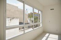 Apartamento com 2 quartos e Suites, Porto Alegre, Menino Deus, por R$ 357.000