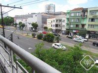 Apartamento com 2 quartos e Frente mar, Porto Alegre, Azenha, por R$ 260.000