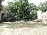 Terreno em Condomínio Fechado na Granja Viana Passargada.