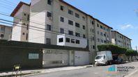 Apartamento com 3 dormitórios para alugar, 66 m² por R$ 709/mês - Montese - Fortaleza/CE