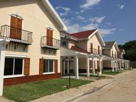 Sobrado residencial à venda, Jardim Pagliato, Sorocaba - SO1476.