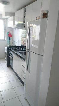 Apartamento com 2 dormitórios à venda, 47 m² por R$ 180.000 - Vila Branca - Jacareí/SP