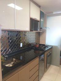 Apartamento com 3 dormitórios à venda, 106 m² por R$ 676.000 - Jardim Maia - Guarulhos/SP